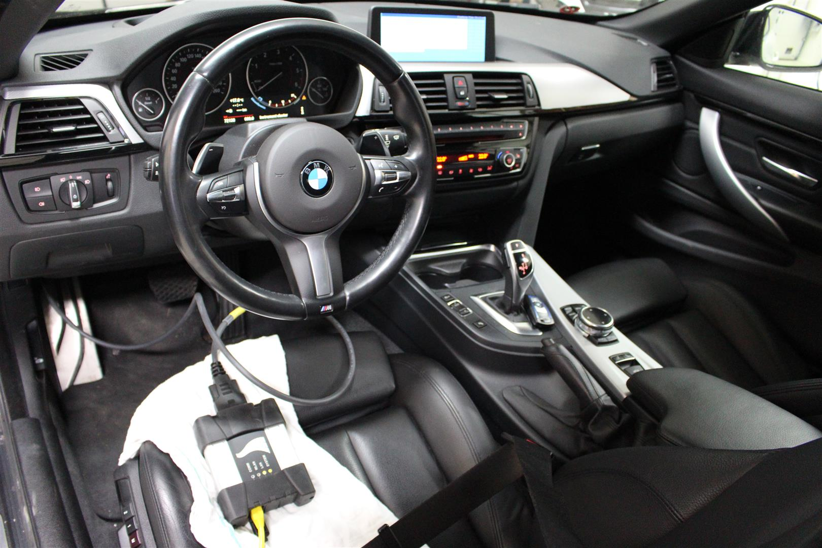 BMW_F33_SOFTWARE.13-Large